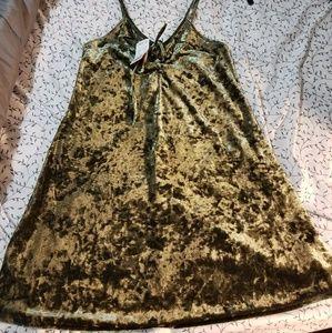 Forever 21 Green Velvet Dress